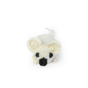 Игрушка для кошек вязанная – мышка белая ручной работы